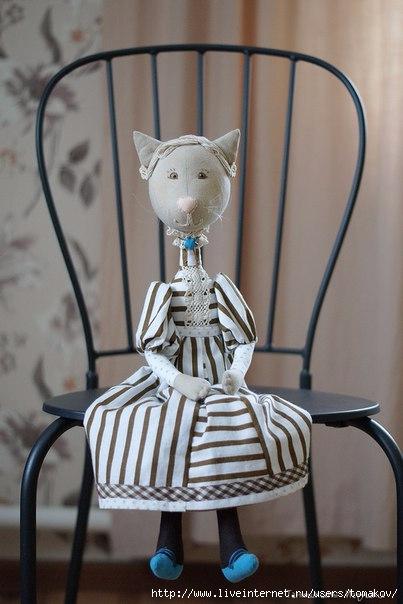 фото кукла киса в платье