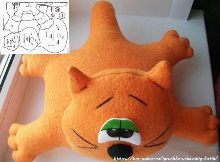 фото выкройка мягкой игрушки уставший котик