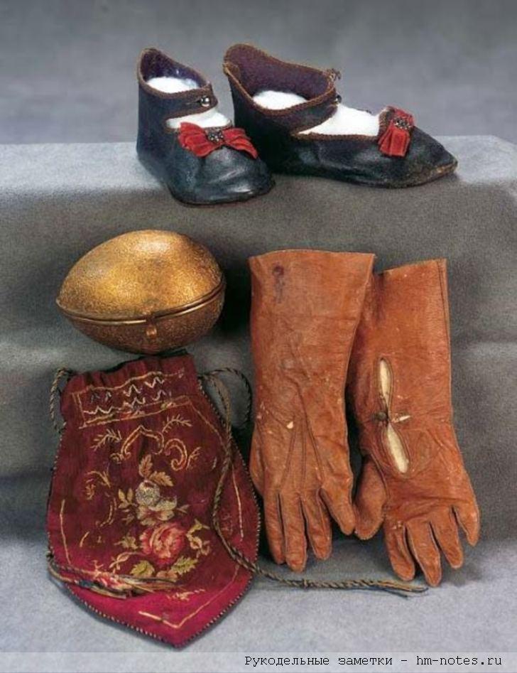 обувь, перчатки и сумка для кукол