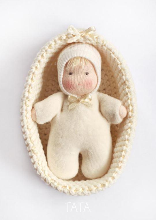 фото выкройка куклы и схема колыбели