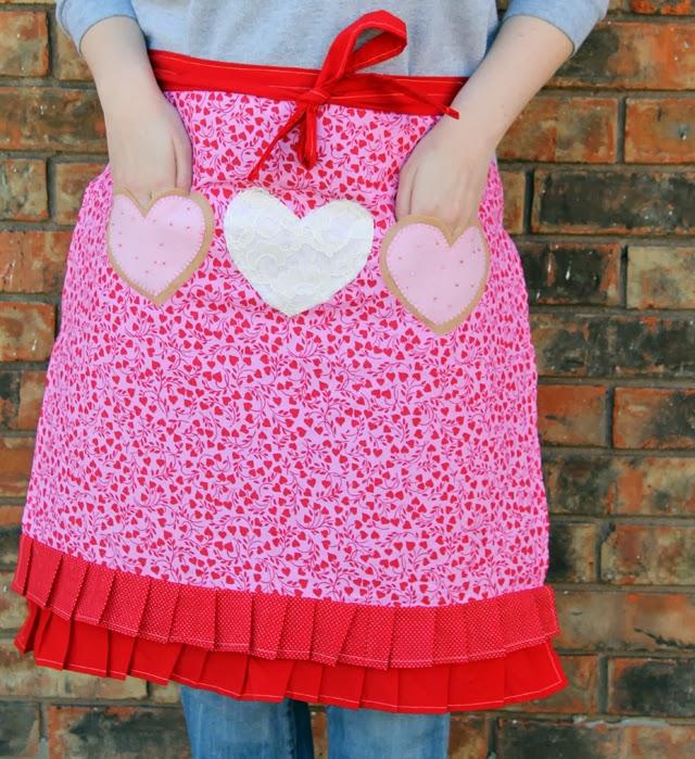 фото фартук для кухни с сердечками