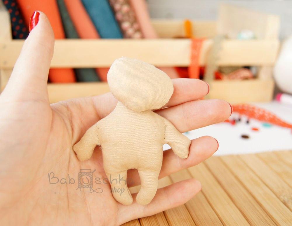 выкройка куклы малышки из ткани