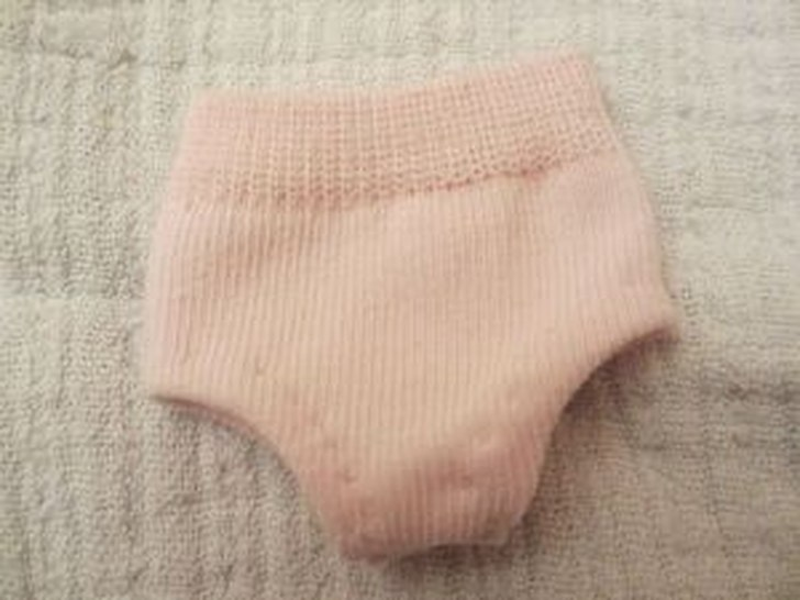 трусики для куклы из носка