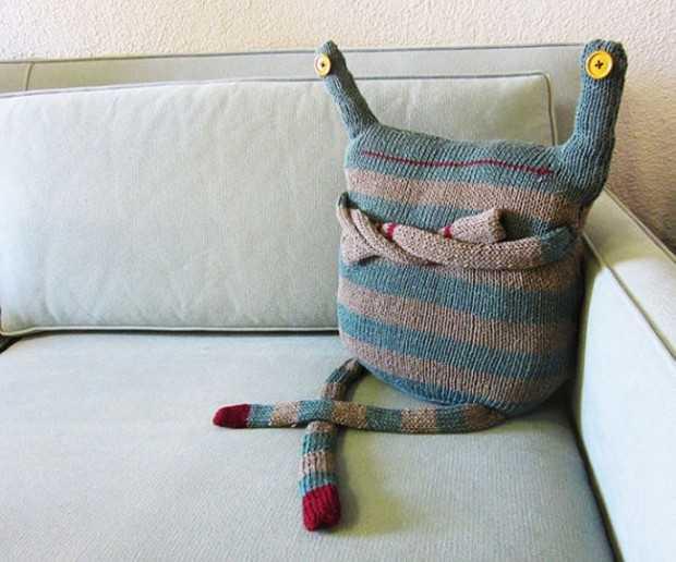 фото вязаные подушки