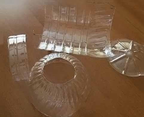 фото переносная люлька для кукол из пластиковой бутылки