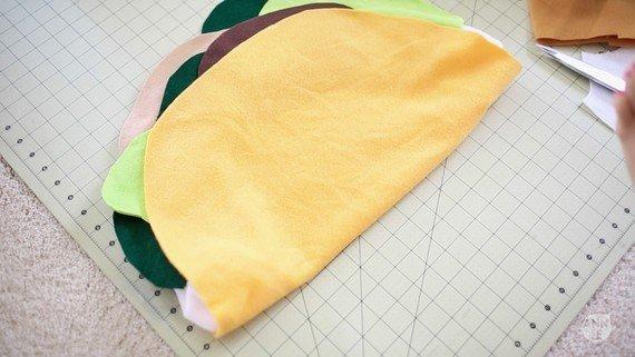 декоративная подушка Тако