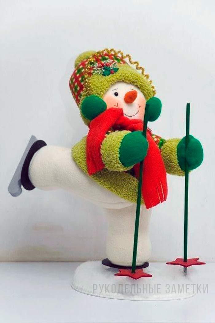 Снеговик на лыжах своими руками
