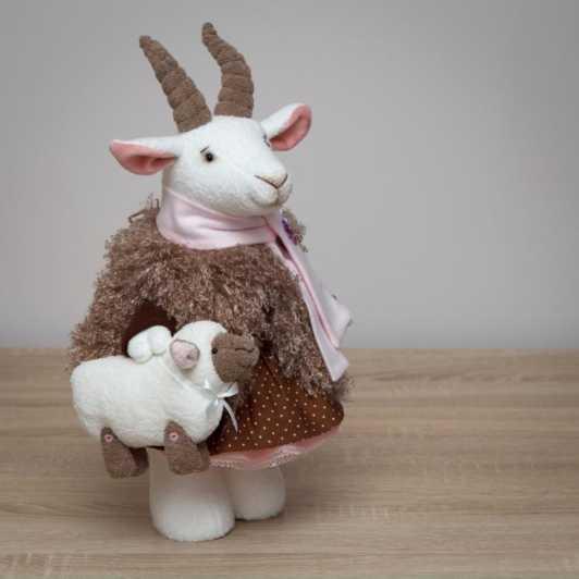подушка маленькая овечка