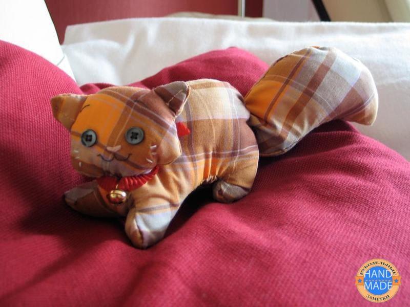 выкройка британской кошки из ткани