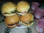 Готовим сами гамбургер с котлетой в домашних условиях