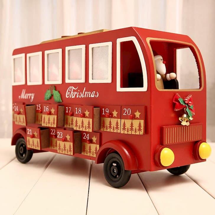 рождественский автобус из дерева